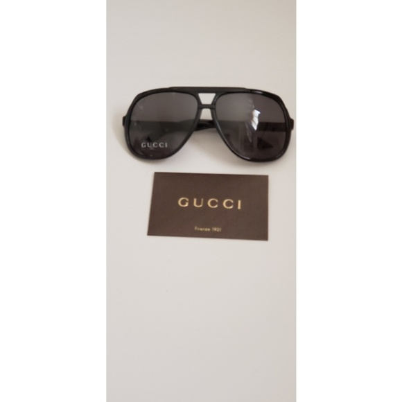 Gucci Other - Gucci Aviator Sunglasses